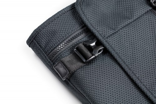 Buckle detail of PLIQO Carry-On